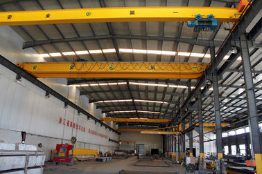 Chiny Crab Framed Electric Single Girder Overhead Cranes For General Engineering Application dostawca